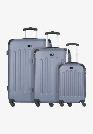 BERLIN 4-ROLLEN KOFFERSET 3TLG. - Luggage set - blau