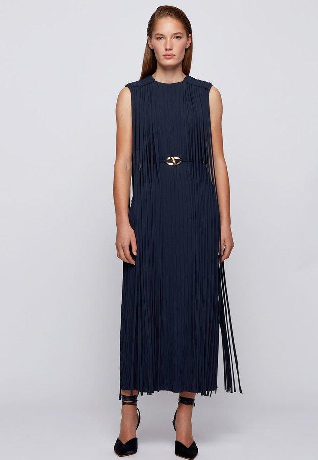 Day dress - open blue