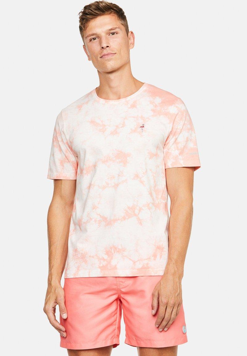 Colours & Sons - Print T-shirt - lachs