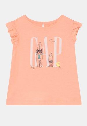 TODDLER GIRL BEA LOGO - Print T-shirt - energetic peach
