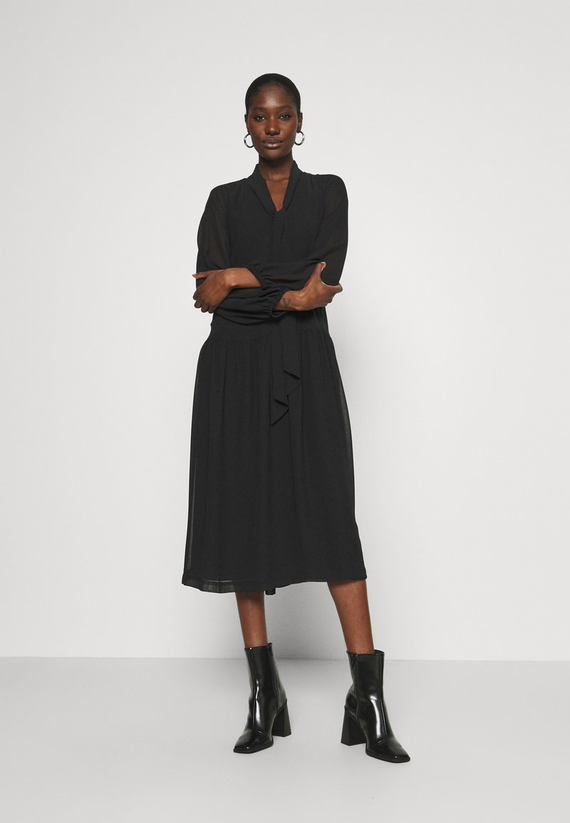 DAY Birger et Mikkelsen - DAY PROTECT - Denní šaty - black