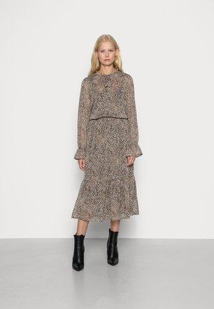 SC-TITIKA 3 - Skjortklänning - brown combi