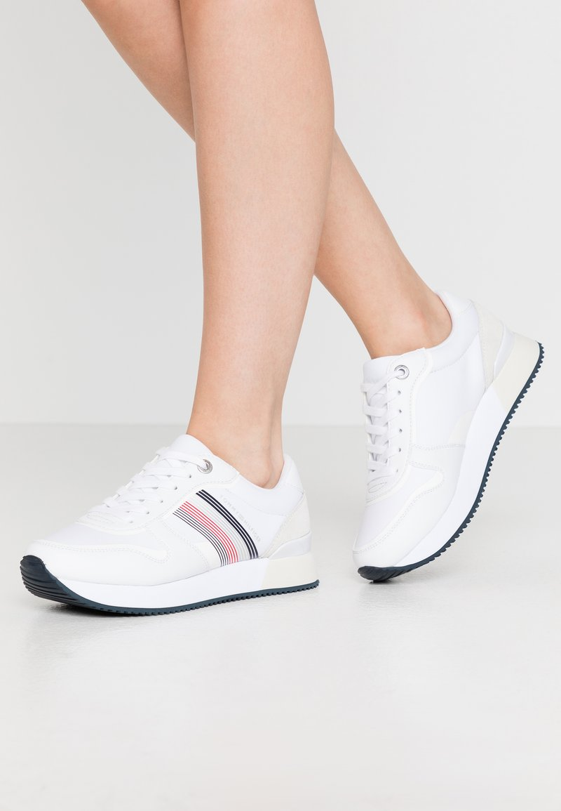 Tommy Hilfiger - ACTIVE CITY  - Trainers - white