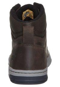 Cat Footwear - COLFAX - Šněrovací kotníkové boty - dark brown - 1