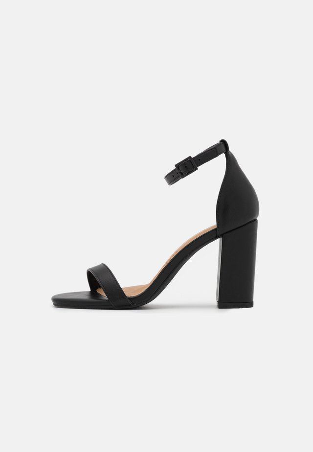 SAN SQUARE TOE - Sandalen - black