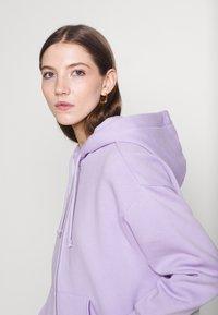 Monki - JOA HOODIE - Zip-up sweatshirt - lilac purple light - 4