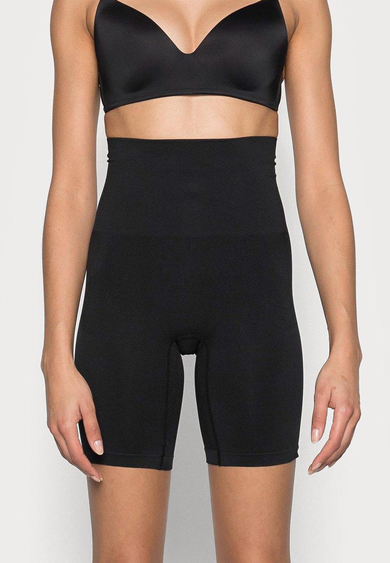 Cotton On Body - SMOOTHER SHAPER HIGH WAIST SHORT - Shapewear - black