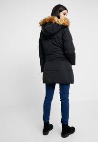 Anna Field MAMA - Płaszcz zimowy - black - 2