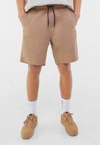 Bershka - Shorts - beige - 0