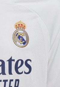 adidas Performance - REAL MADRID AEROREADY MINIKIT - Club wear - white - 6