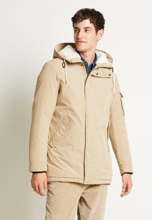 JJSURE JACKET - Zimní kabát - crockery