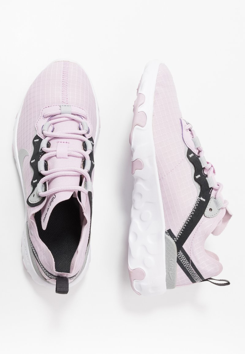 Nike Sportswear - RENEW ELEMENT 55 - Sneakers basse - iced lilac/metallic silver/off noir/light smoke grey