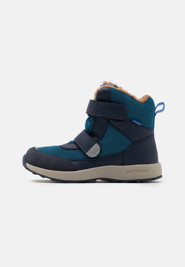 LAPPI UNISEX - Winter boots - seaport/navy