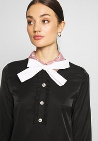 Sister Jane - JEWEL FLORET MINI SHIFT DRESS - Vestido informal - navy blue - 4