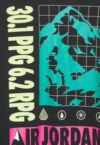 Jordan - MOUNTAINSIDE CREW - Print T-shirt - black - 2
