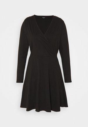 WRAP SKATER DRESS - Žerzejové šaty - black