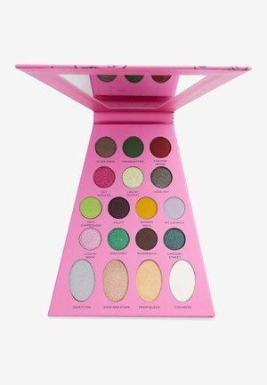 REVOLUTION X BRATZ DOLL PALETTE  - Eyeshadow palette - jade
