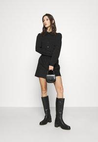 Vero Moda - VMWIGGA COLLAR - Button-down blouse - black - 1
