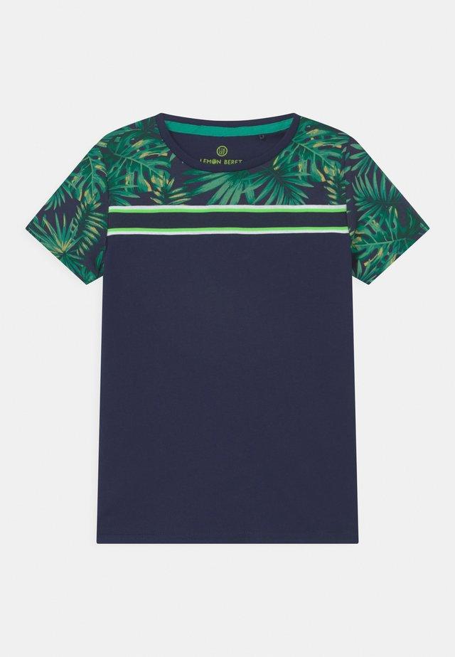 SMALL BOYS - T-shirt imprimé - dress blues