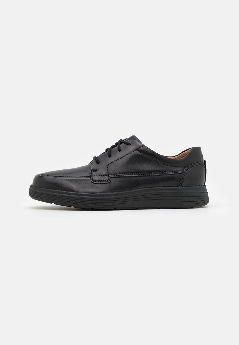 Clarks - UN ABODE EASE - Šněrovací boty - black