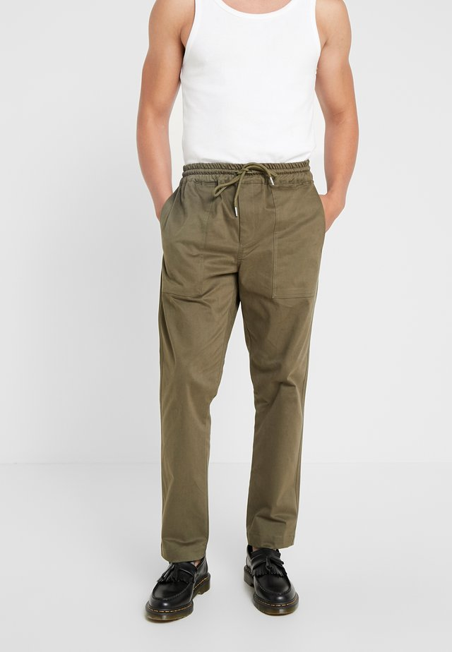 POPPE - Trousers - green