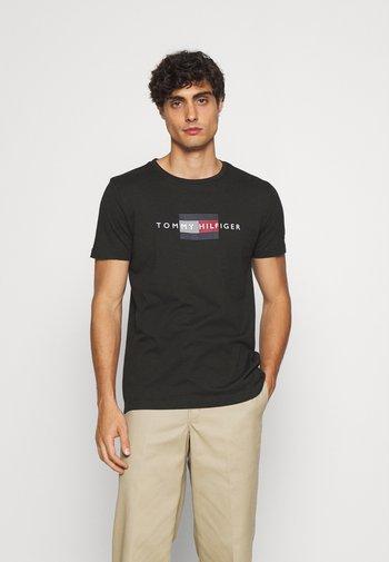 LINES TEE - Print T-shirt - black