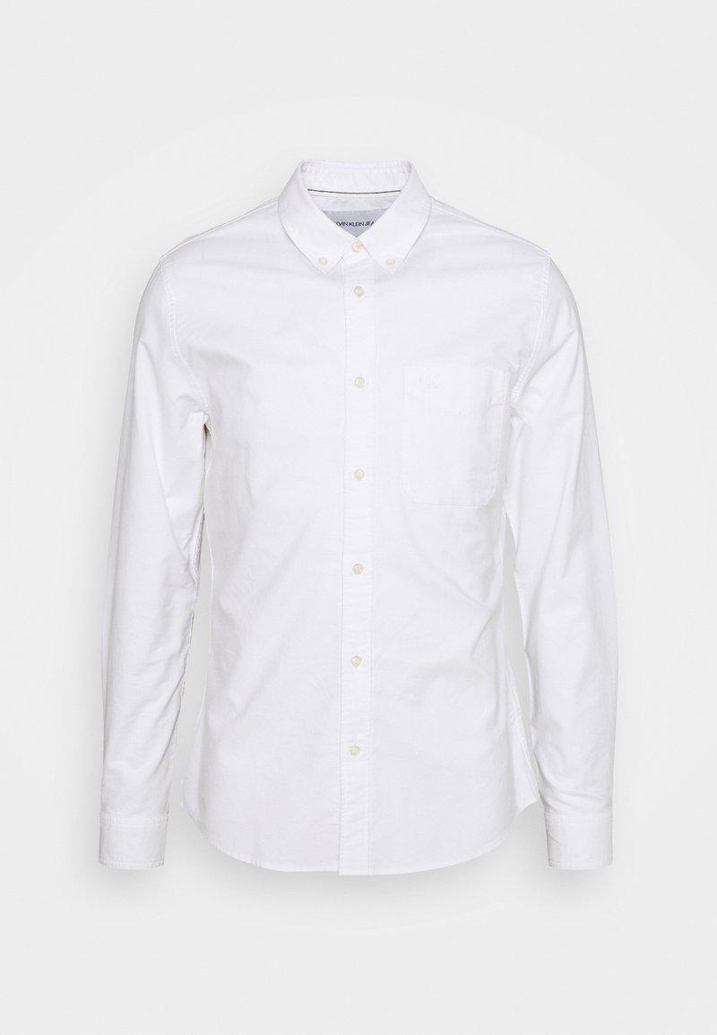 Calvin Klein Jeans - OXFORD SOLID SLIM - Shirt - bright white