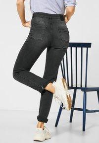 Cecil - Straight leg jeans - schwarz - 2