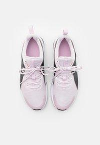 Nike Performance - AIR MAX BELLA TR 3 - Treningssko - light violet/metallic copper/black/light arctic pink/white - 3