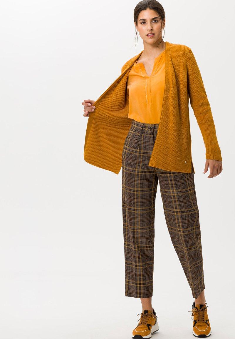 BRAX - STYLE CLARISSA - Long sleeved top - butternut