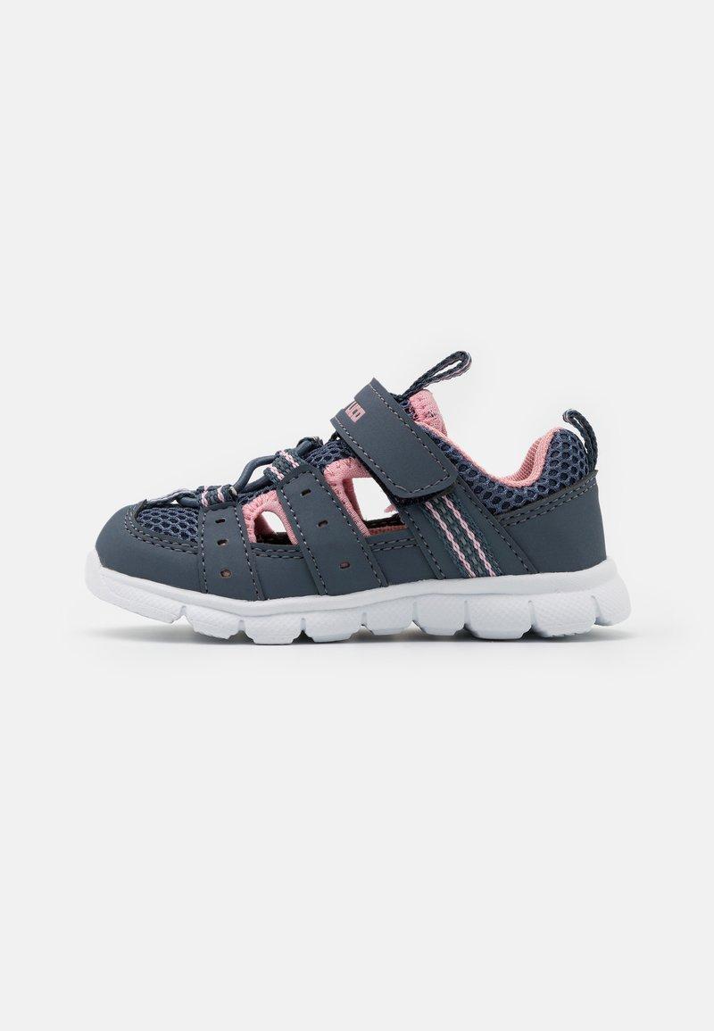 LICO - SORIN  - Walking sandals - grau/rosa