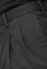 Next - KHAKI FASHION PLEAT FIT TWIN PLEAT FORMAL TROUSERS - Kangashousut - black - 2