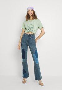Trendyol - Print T-shirt - mint - 1