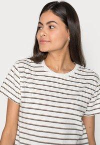 Marc O'Polo DENIM - Basic T-shirt - multi - 3