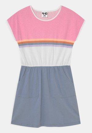 SIGRID SHORT SLEEVE DRESS - Jersey dress - dusty blue