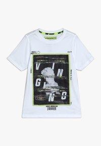 Vingino - HEFFIE - Print T-shirt - real white - 0