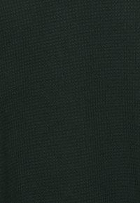 J.LINDEBERG - ANDY STRUCTURE C-NECK - Jumper - hunter green - 7