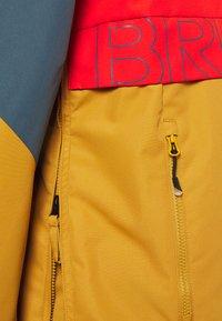 Brunotti - TRISTIN MENS JACKET - Snowboardová bunda - camel brown - 7