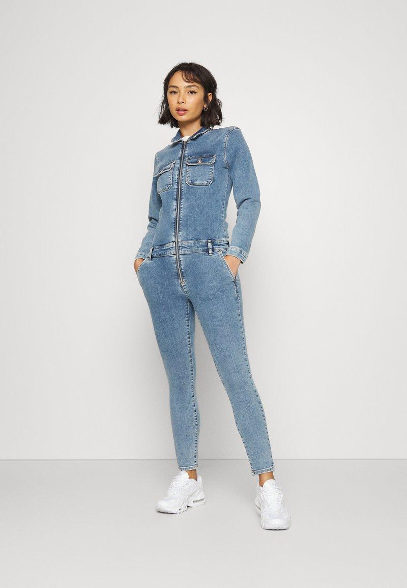 ONLY Petite - ONLINC CALLI  ZIP - Jumpsuit - light blue denim