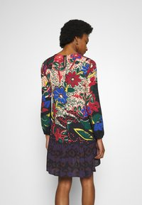 Desigual - VEST BOLONIA DESIGNED BY MR. CHRISTIAN LACROIX - Day dress - borgoña - 2