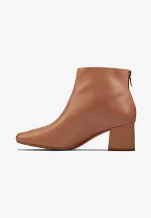 SHEER ZIP - Classic ankle boots - praline