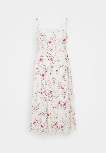 VMMILA SINGLET CALF DRESS  - Day dress - birch