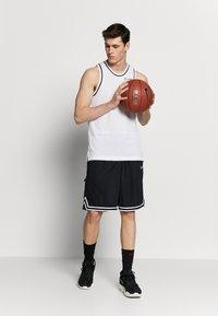 Nike Performance - DRY CLASSIC - Toppi - white/black - 1