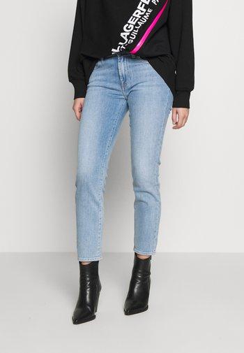 ROXANNE ANKLE - Straight leg jeans - light blue