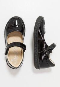 Primigi - Ankle strap ballet pumps - nero - 0