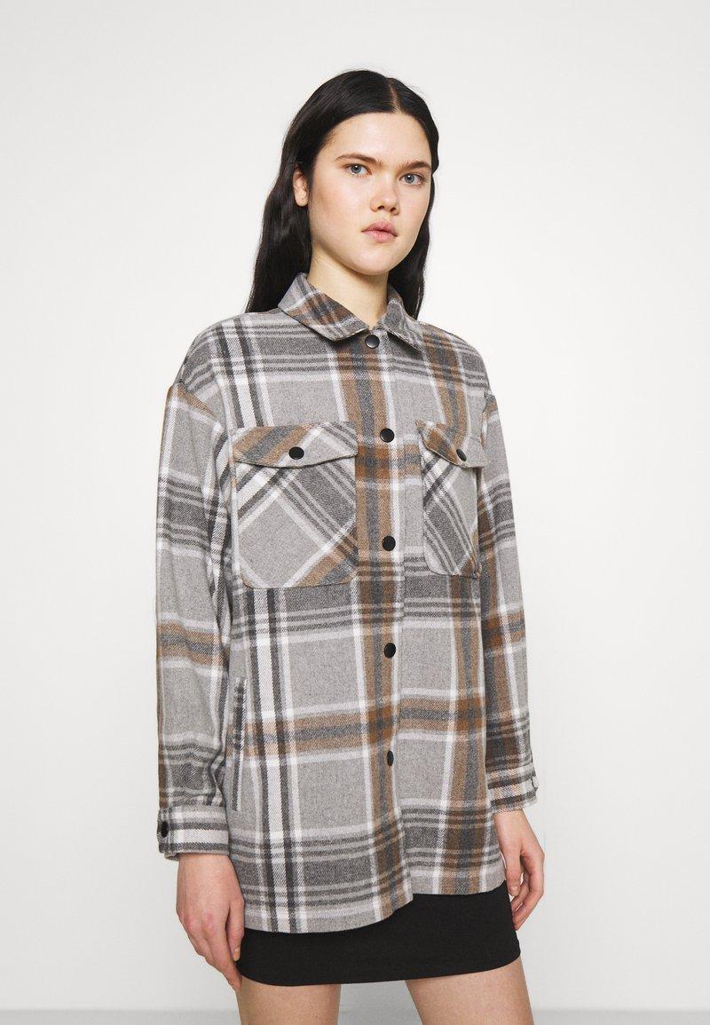 ONLY - ONLELLENE VALDA CHACKET - Classic coat - chipmunk