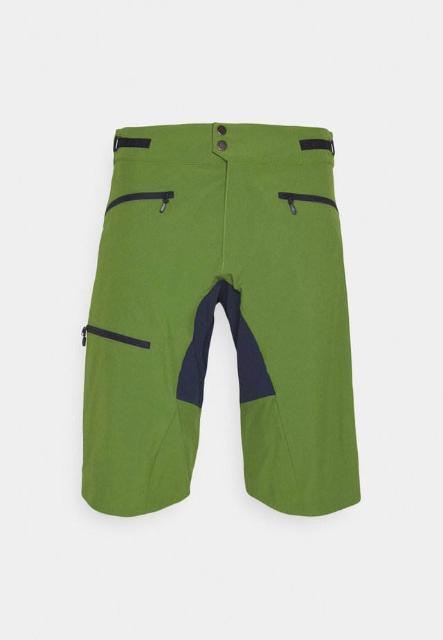 FJØRÅ FLEX1 MID WEIGHT SHORTS - kurze Sporthose - treetop/indigo night