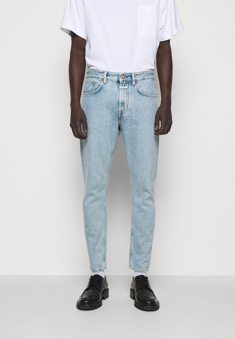CLOSED - COOPER TAPERED - Jeans Tapered Fit - light blue