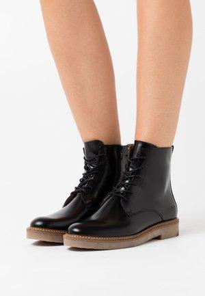 OXIGENO - Kotníková obuv - flat black