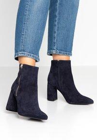 KIOMI - Classic ankle boots - dark blue - 0